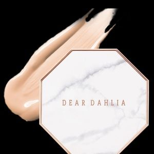 dear dahlia Makeup - BNIB Dear Dahlia Skin Paradise Cushion Foundation